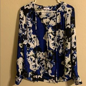 Parker bright blue floral blouse small
